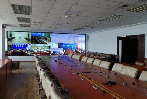 青岛应急局指挥大厅:海信1.8mm液晶拼接屏